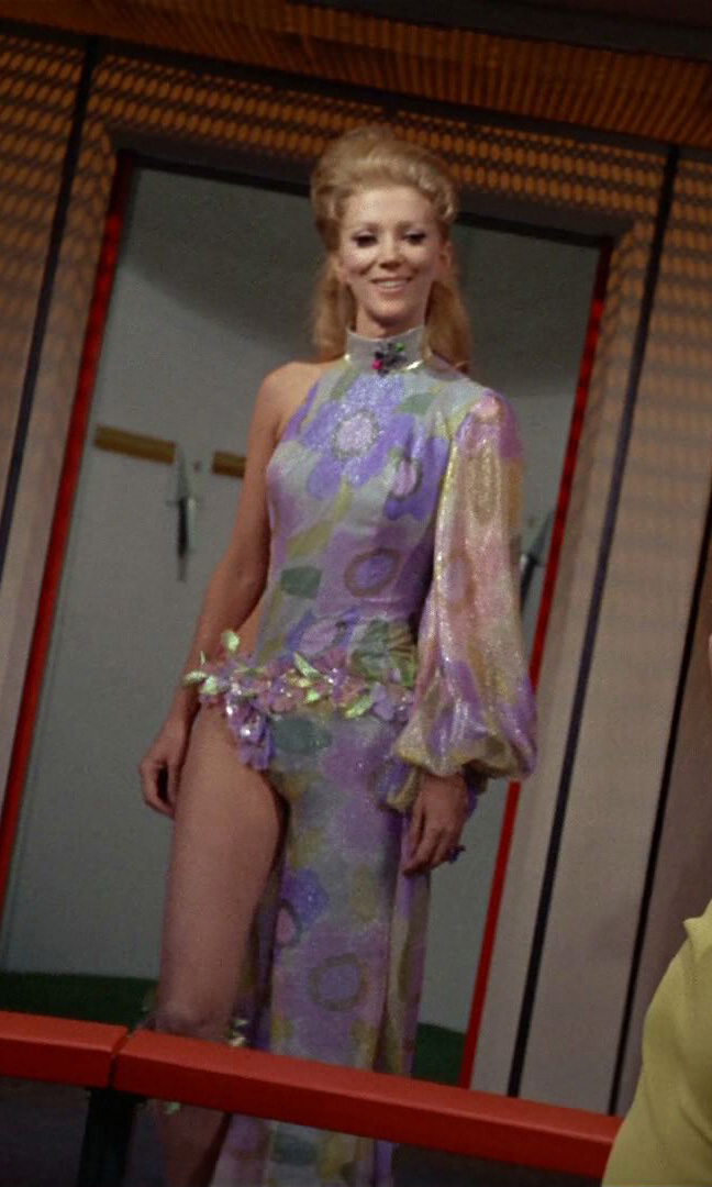 18 fabulous Star Trek costumes and fashions from the ...